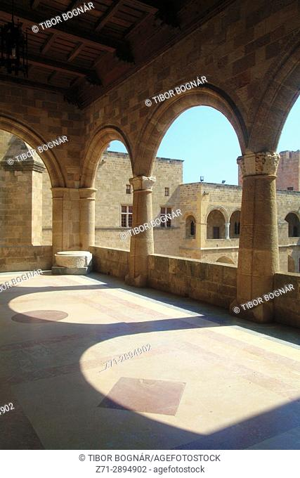 Greece, Dodecanese, Rhodes, Palace of the Grand Masters, courtyard, balcony,