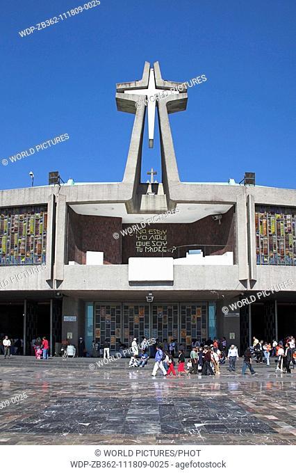 Basilica de Nuestra Senora de Guadalupe, Our Lady of Guadalupe, Mexico City, Mexico Date: 02 04 2008 Ref: ZB362-111809-0025 COMPULSORY CREDIT: World...