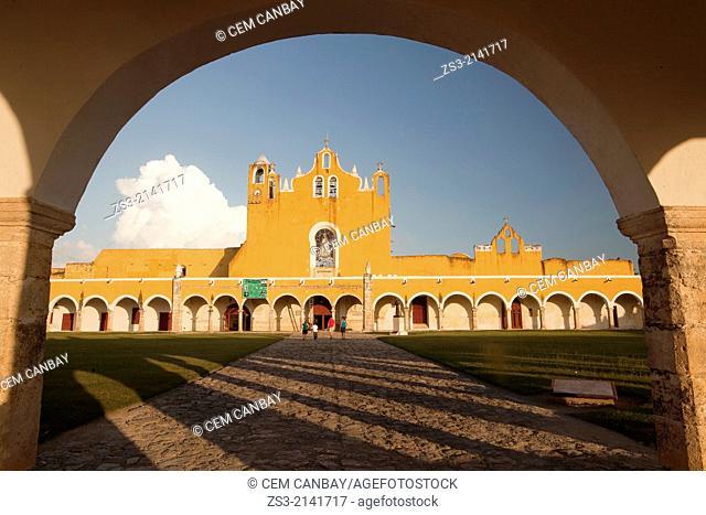 Entrance of the Monastery, Convent Of San Antonio De Padua, Izamal, Yucatan, Yucatan Province, Mexico, North America