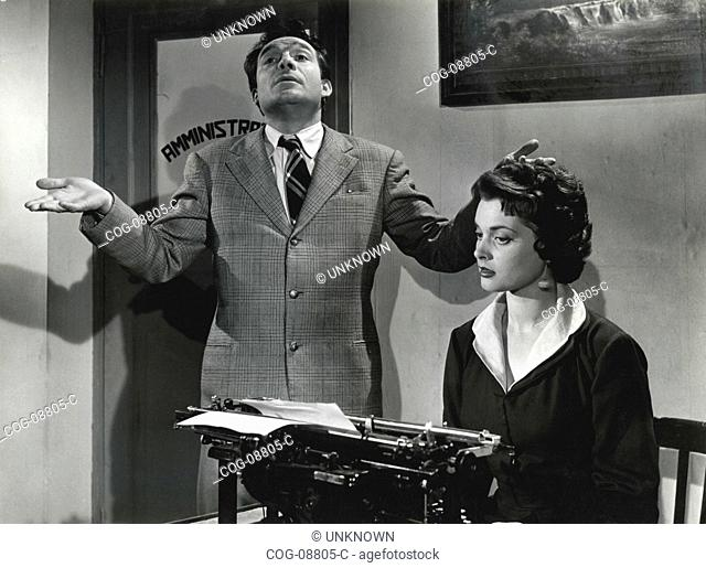 Actors Italian Ugo Tognazzi and Lucia Banti in a scene from the film If you won 100 million