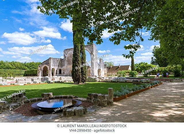 The Garden of the Priory of Saint Cosmas also called Priory of Ronsard, La Riche, Tours District, Indre-et-Loire Department, Centre-Val de Loire Region