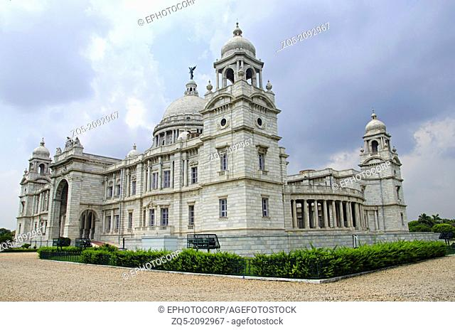 View of The Victoria Memorial Hall. Currently serves as a museum. Kolkata, West Bengal, India