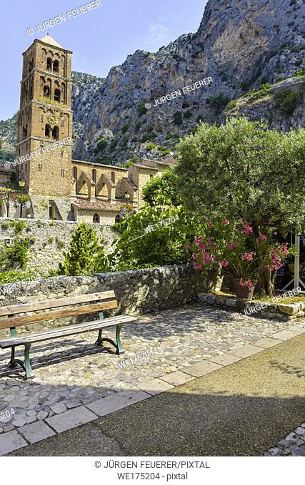 village Moustiers-Sainte-Marie, Provence, France, member of most beautiful villages of France, department Alpes-de-Haute-Provence