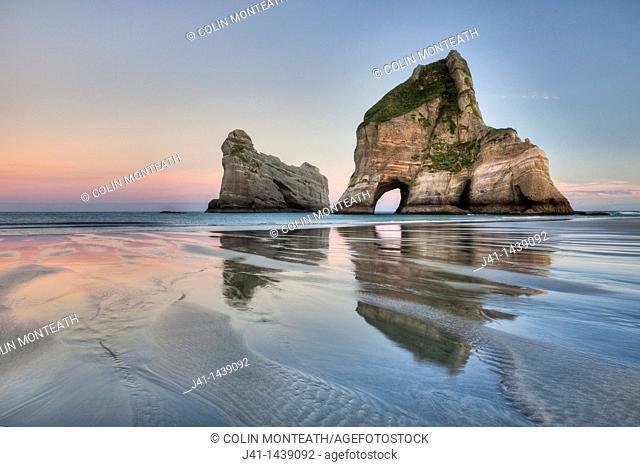 Archway Islands, sunrise, Wharariki beach, near Collingwood, Golden Bay, New Zealand