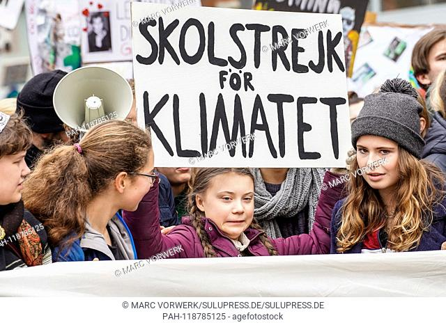 "29.03.2019, 16-year-old Swedish climate activist Greta Thundberg demonstrates together with the Berlin demonstrators at the """"Fridays for future"""" event in..."