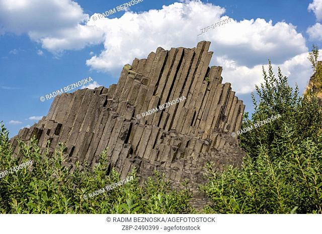Panska Skala, geological formation, stone organ, Kamenicky Senov, Czech Republic