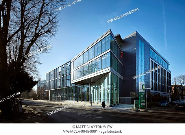 A new-build 14,000 sq m HQ office building in south London for the international energy infrastructure business Subsea 7. This n