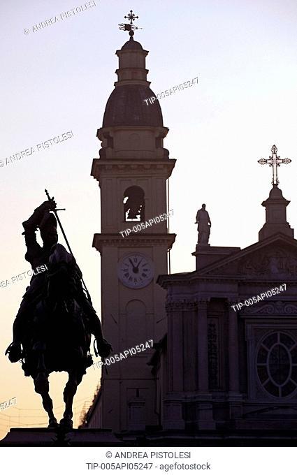 Italy, Piedmont, Turin, Piazza San Carlo, Emanuele Filiberto Statute