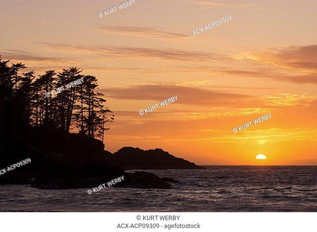 Sunset at Chesterman Beach near Tofino, Vancouver Island, British Columbia, Canada