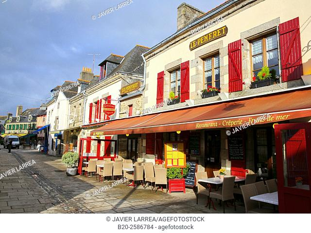 The old Ville Close, Concarneau, Bretagne, Brittany, France