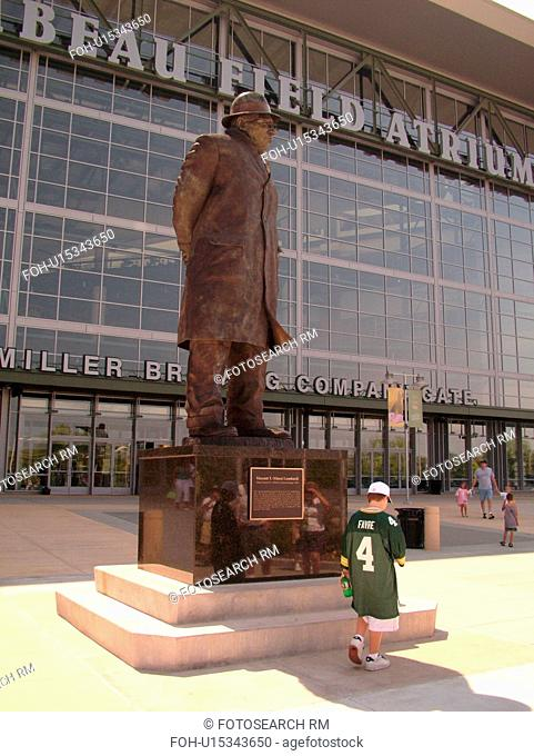 Green Bay, WI, Wisconsin, Lambeau Field, NFL, football, Green Bay Packers, Vincent (Vince) T. Lombardi Statue