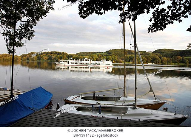 Zour boat of the Weisse Flotte fleet on the Baldeneysee lake, a river Ruhr reservoir in the south of Essen, North Rhine-Westphalia, Germany, Europe