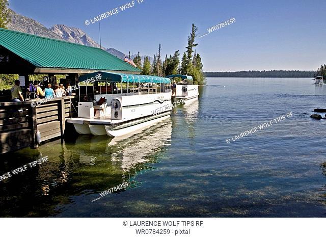 USA, Wyoming, Grand Teton National Park, departure from Jenny Lake