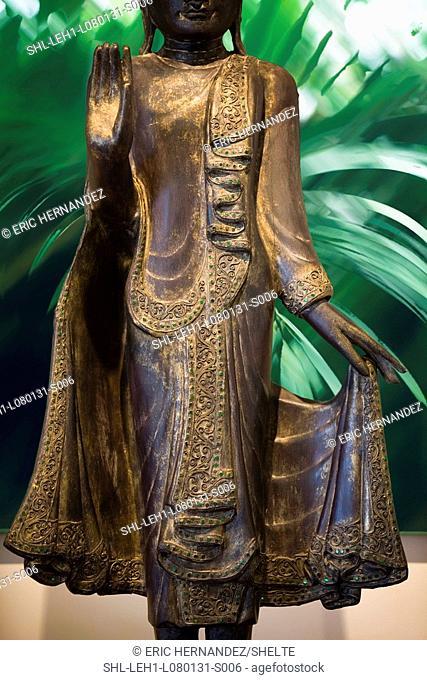 Detail Indian goddess sculpture