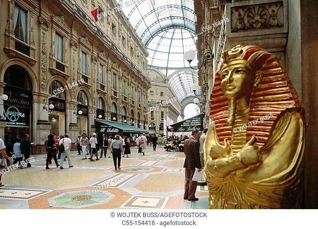 Italy. Lombardy. Milan. Vittorio Emanuele II Gallery