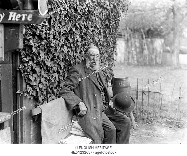 Parsons Pleasure, Oxford, Oxfordshire, 1913. Portrait of the proprieter Charles Cox then aged 88, who ran the bathing place for men on the River Cherwell for...