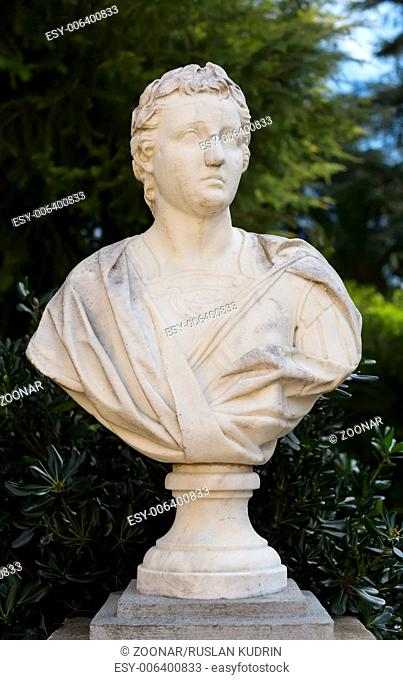 Monument, bust, marble