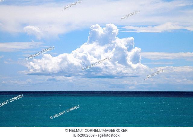 Sea views, towering clouds, Moneglia, Genoa Province, Liguria, Italian Riviera or Riviera di Levante, Italy, Europe