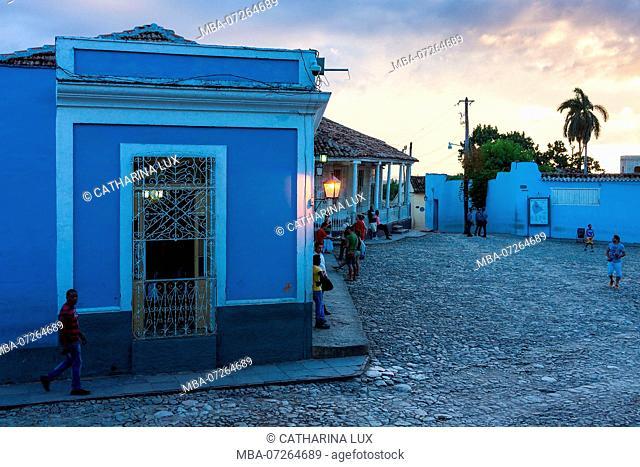 Cuba, Trinidad, UNESCO World Heritage Site, Plaza Mayor, street scene