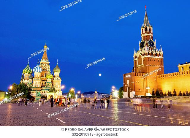 Cathedral of St. Basil and Kremlin in Red Square, Moscow, Russia