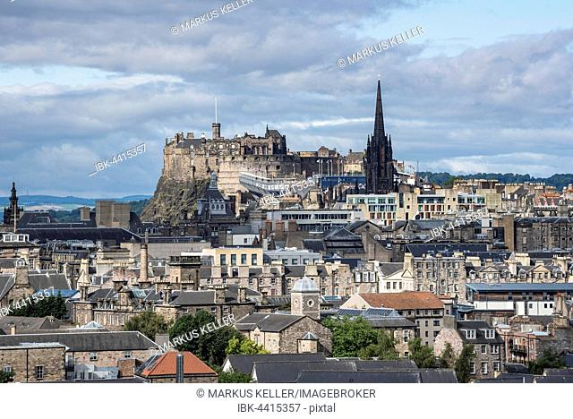 View over city of Edinburgh, with Edinburgh Castle, Edinburgh, Scotland, United Kingdom
