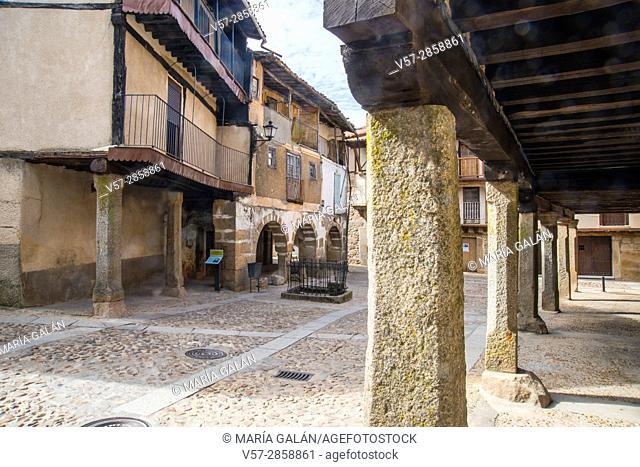 Arcades and street. Sequeros, Sierra de Francia Nature Reserve, Slamanca province, Castilla Leon, Spain
