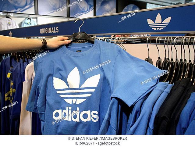 plus de photos 88b78 b5206 Adidas salomon herzogenaurach Stock Photos and Images | age ...