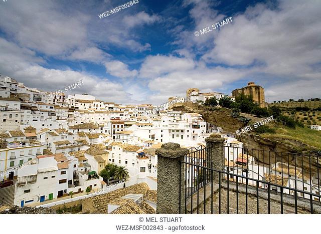 Spain, Andalusia, View of White mountain village Setenil de la Bodegas