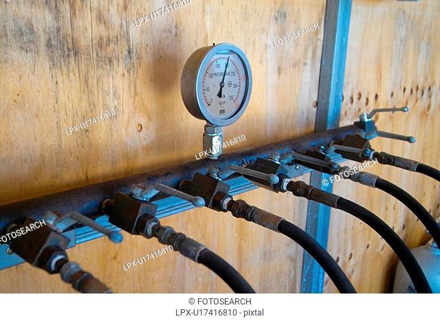 scuba gear, gauge, scuba, scuba diving, meter, tanks, oxygen
