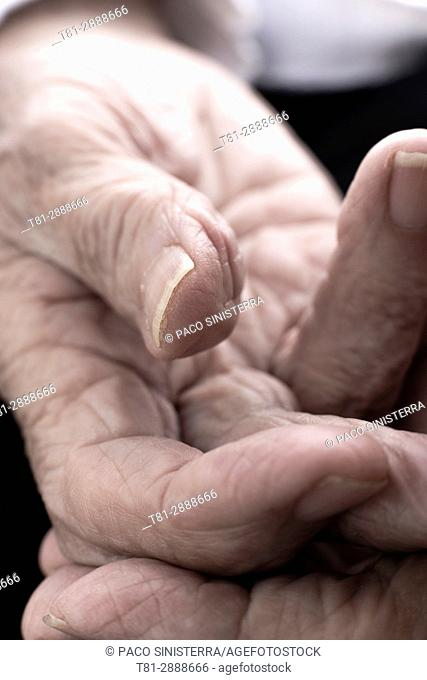 Wrinkled hands, Old people, Spain