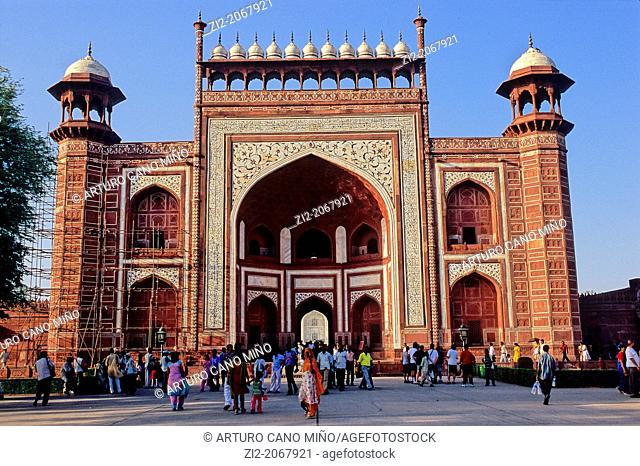 Main entrance to Taj Mahal, Agra, Uttar Pradesh State, India