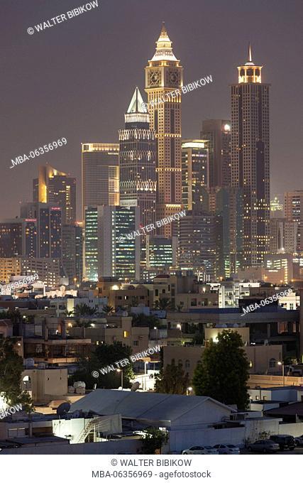UAE, Dubai, Jumeira, skyscrapers along Sheikh Zayed Road, skyline from Jumeira, dusk