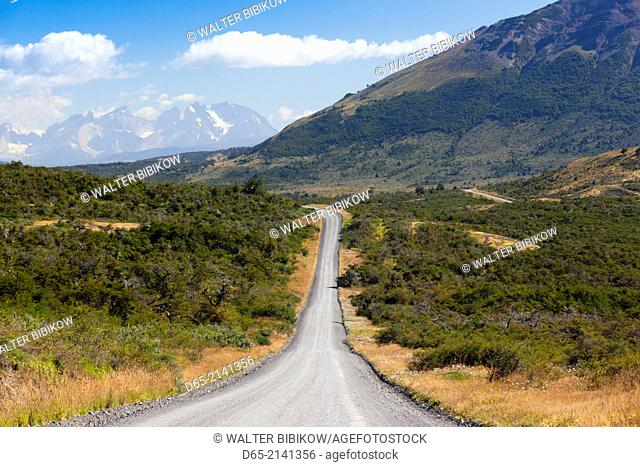 Chile, Magallanes Region, Torres del Paine National Park, road to the park