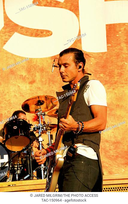 Vocalist/Guitarist Gavin Rossdale of Bush performs at the Epicenter 2010 Music Festival at Auto Club Speedway on September 25, 2010 in Fontana, California