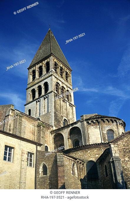 Abbaye St. Philibert, Tournus, Bourgogne, France, Europe