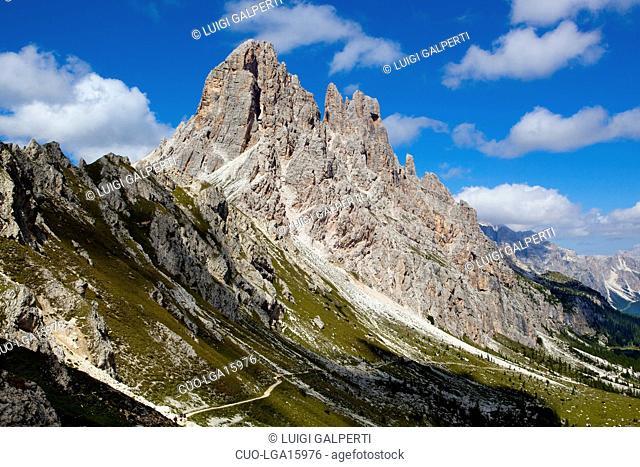 The Croda da Lago from Becco di Mezzodì, Dolomiti d'Ampezzo, Veneto, Italy