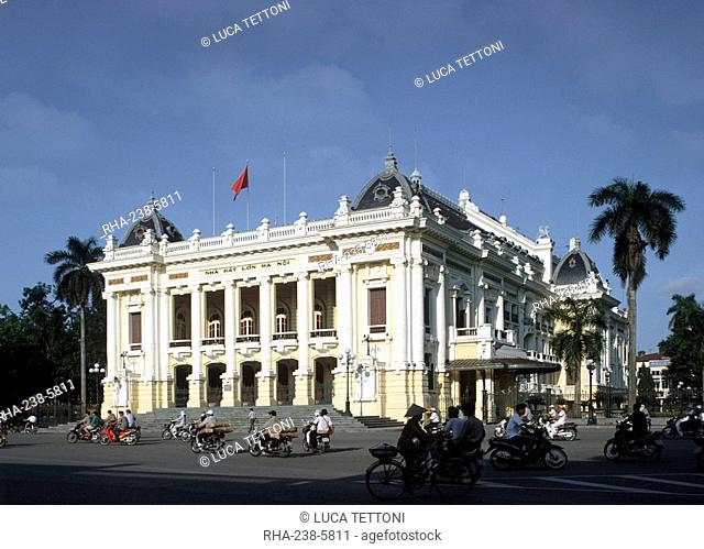 Opera House in Hanoi, Vietnam, Indochina, Southeast Asia, Asia