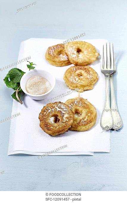 Apple rings dusted with cinnamon sugar