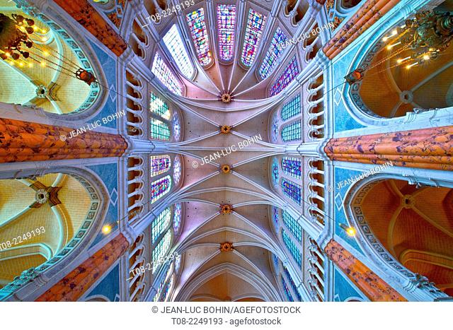 france, beauce,cathedral inside : choir, columns, stained-glass windows and roof