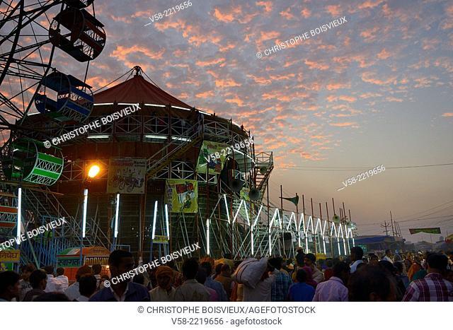 India, Bihar, Patna region, Sonepur livestock fair, The fun fair at dusk