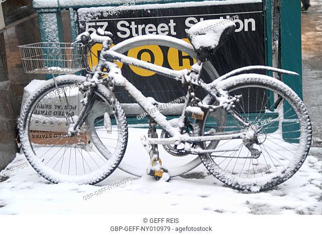 bike covered, 57 street station, New York, United States