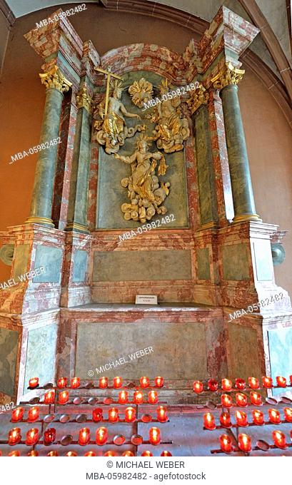 Maria-Himmelfahrt-Altar, altar, votive candles, Cathedral of Saint Bartholomew, cathedral, Frankurt am Main, Hessia, Germany