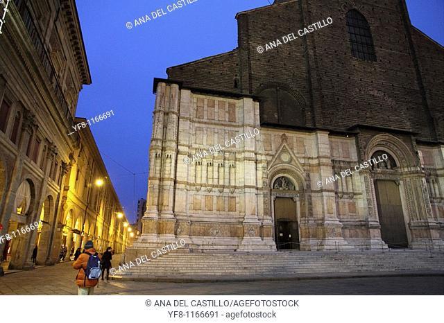 San Petronio church at Piazza Maggiore  Bologna  Italy