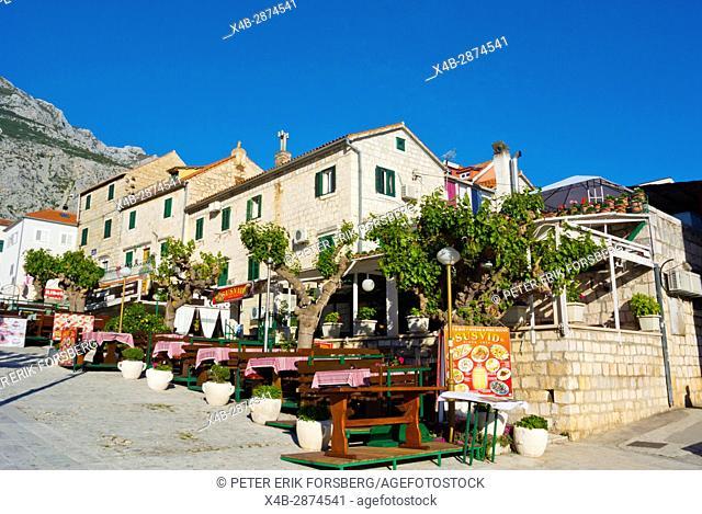 Susvid restaurant, KaÄ. ićev trg, main square, Makarska, Dalmatia, Croatia