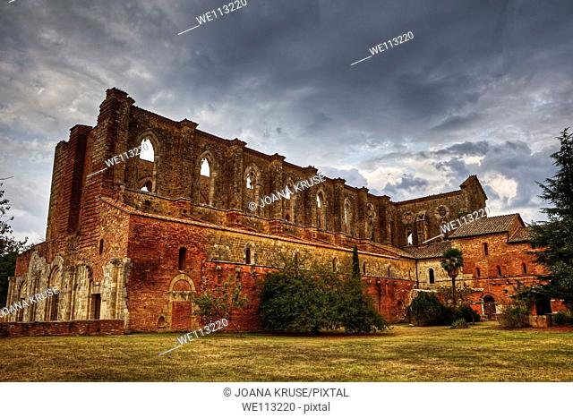 San Galgano is an old abbey without roof in Tuscany, close to Siena