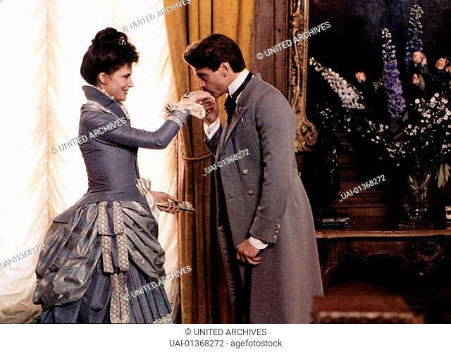 Eine Liebe Von Swann, Un Amour De Swann, Eine Liebe Von Swann, Un Amour De Swann, Fanny Ardant, Jeremy Irons  Charles Swann (Jeremy Irons) besucht die Duchesse...