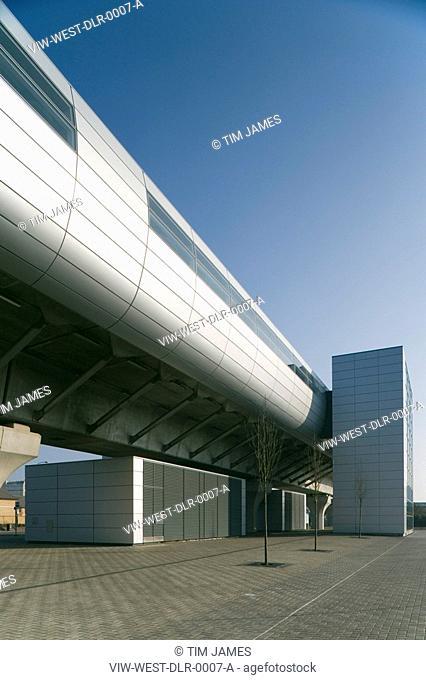 DLR. WEST SILVERTOWN STATION, LONDON, E16 VICTORIA DOCKS + NORTH WOOLWICH, UK, WESTON WILLIAMSHON ARCHITECTS, EXTERIOR, PLATFORM POD & STAIR
