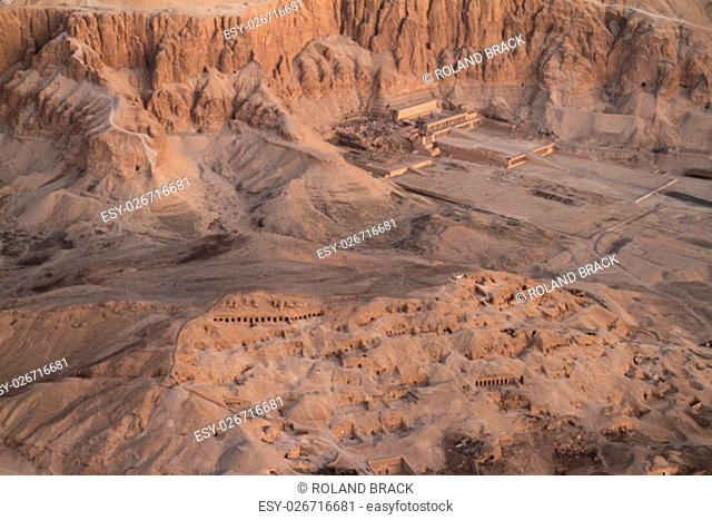 the temple of hatshepsut in egypt
