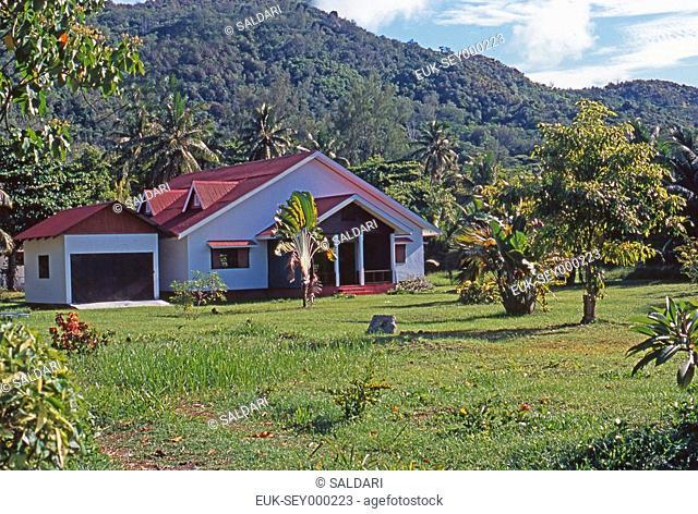 Traditional house to Praslin, Seychelles