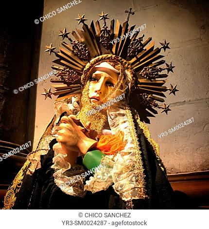 An image of the Virgin Mary is displayed in the Our Lady of Guadalupe basílica in Mexico City, Mexico